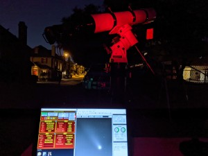 Capturing comet images